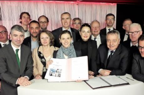 Signature contrat – filière française de la Biosurveillance